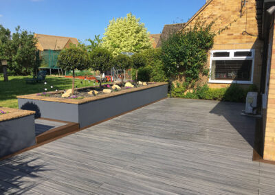 Trex Deck with Contrasting Perimeter Border